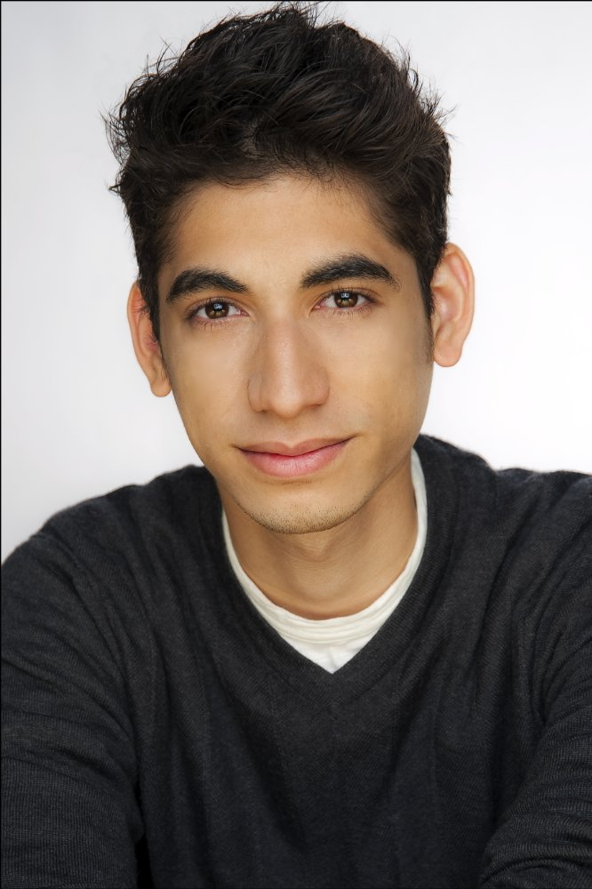 Alexander Flores
