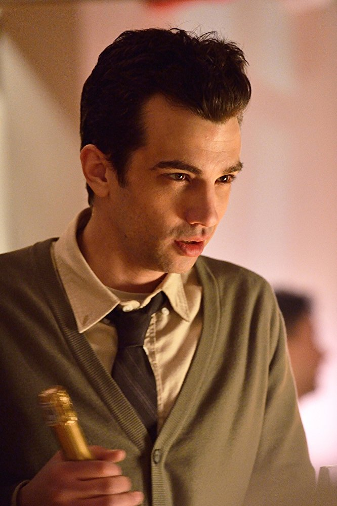 watch man seeking woman season 1 free