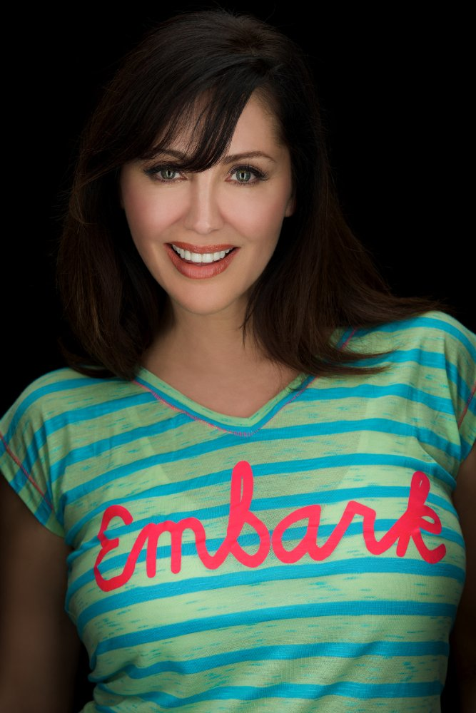 All about celebrity Bobbie Phillips! Birthday: 29 January ...