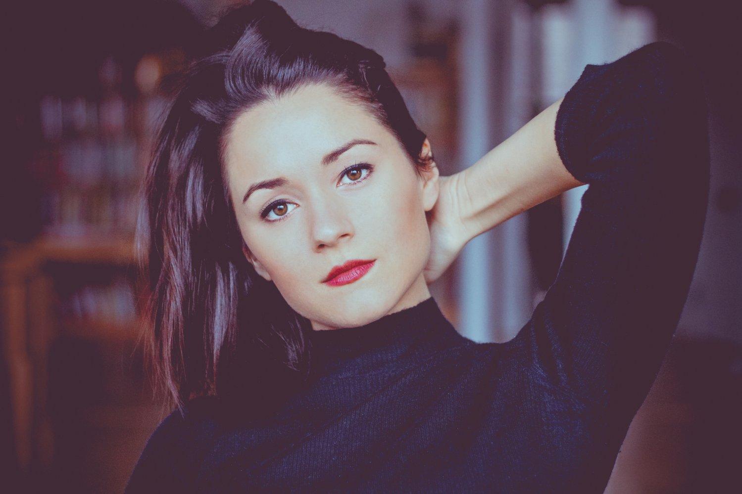 Arabella Oz