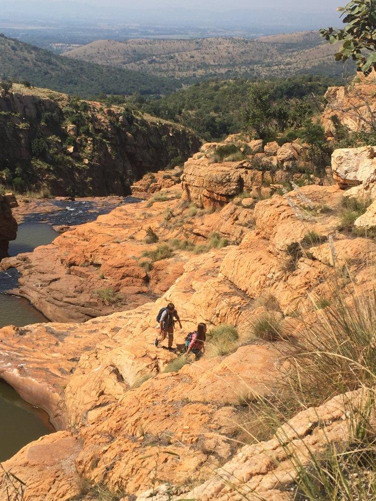 against the wild 2 survive the serengeti türkçe dublaj izle