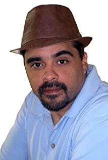 Capone De Leon