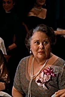 Lillian Culver