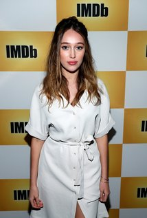 All about celebrity Alycia Debnam-Carey! Watch list of