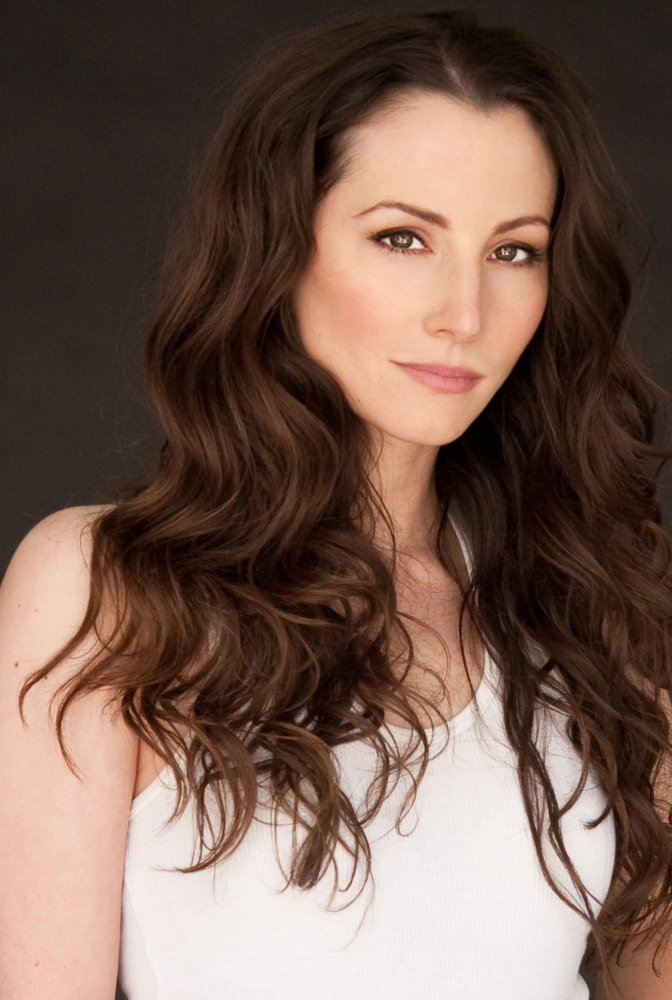 All about celebrity Heather McComb! Birthday: 2 March 1977