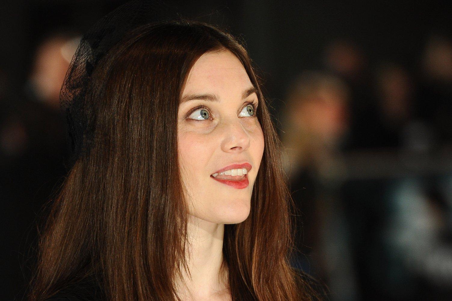 photo Liz White (actress)