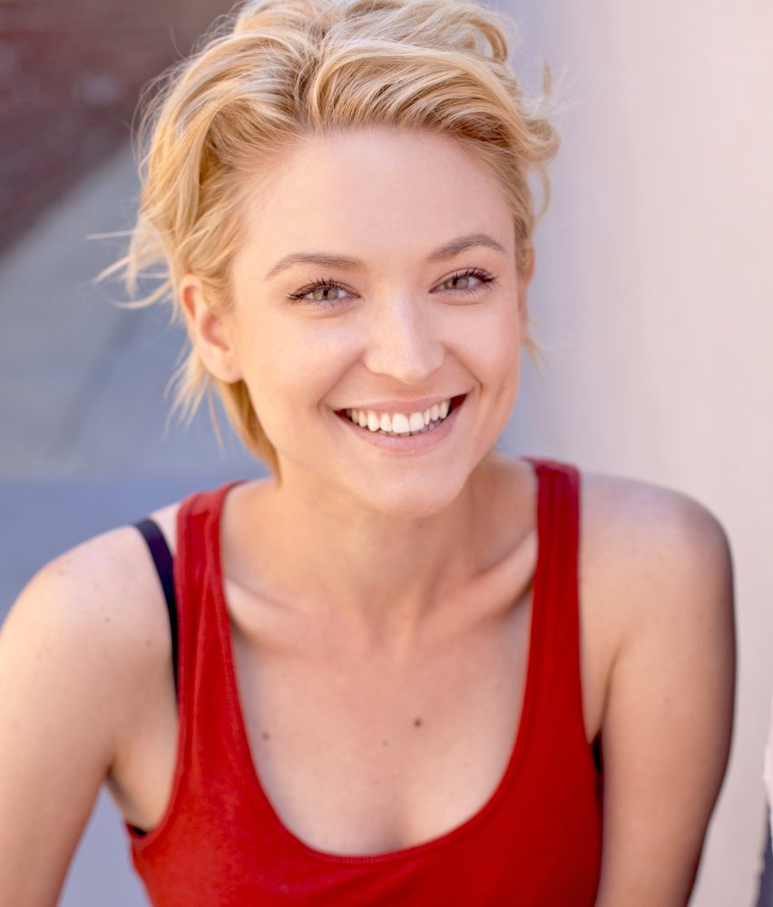 All About Celebrity Leigha Kingsley! Watch List Of Movies