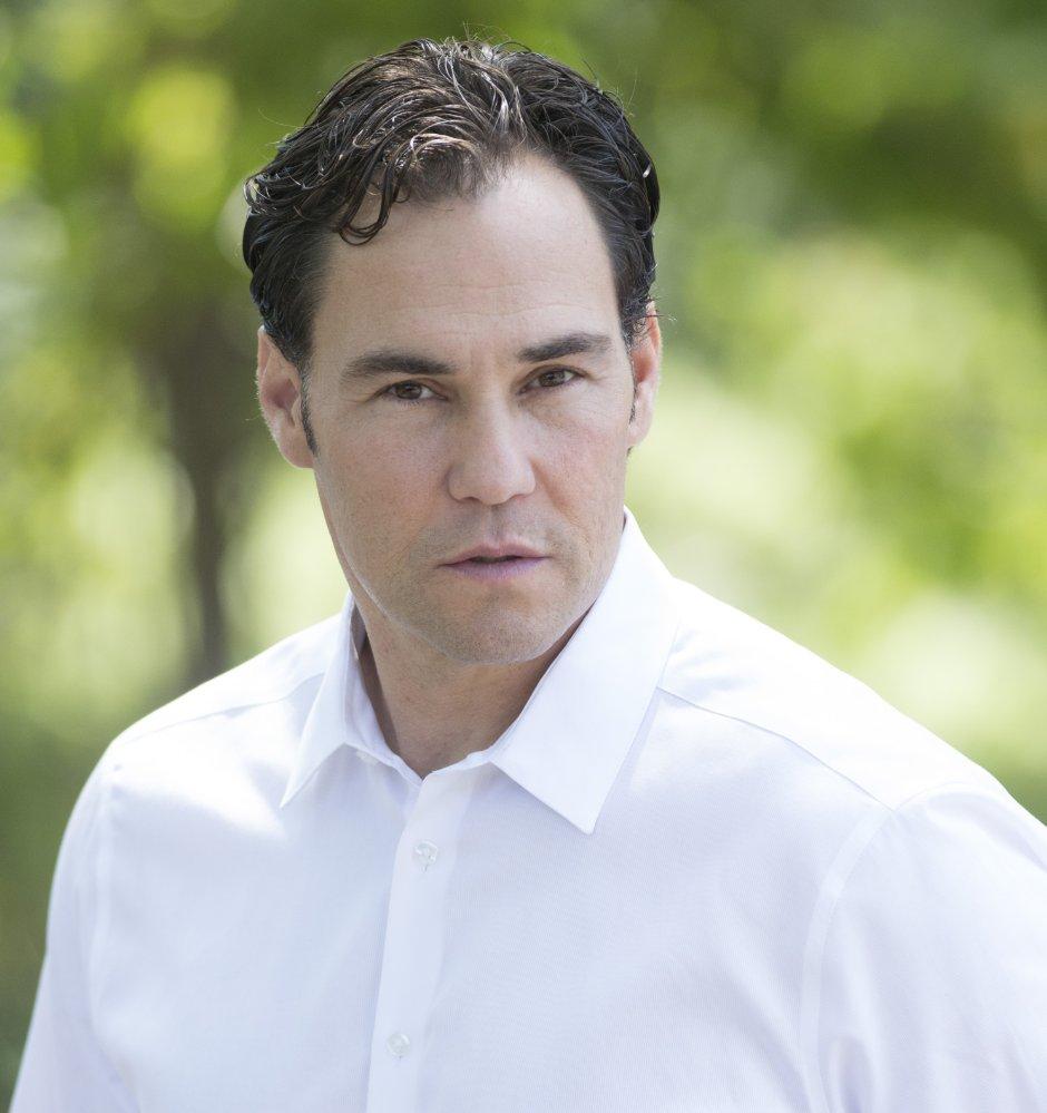 Kenneth Carrella