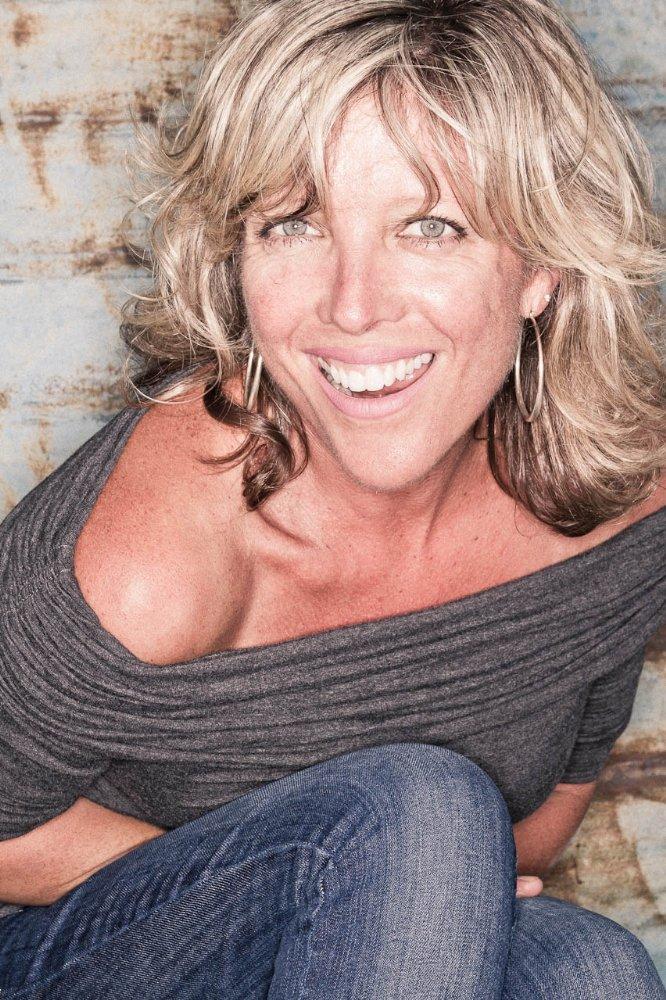Lia D. Mortensen