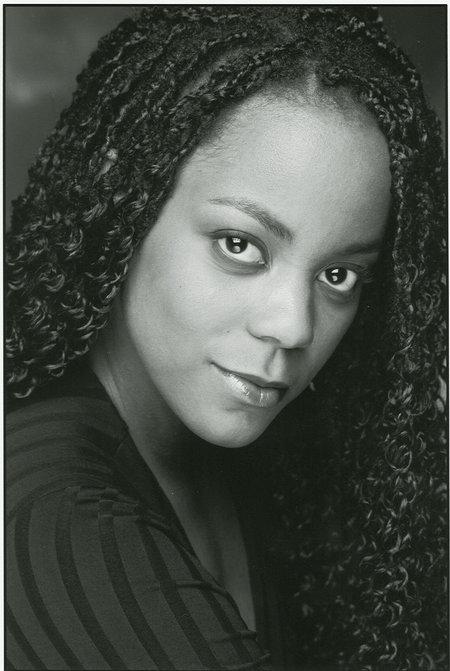 Lucinda Davis