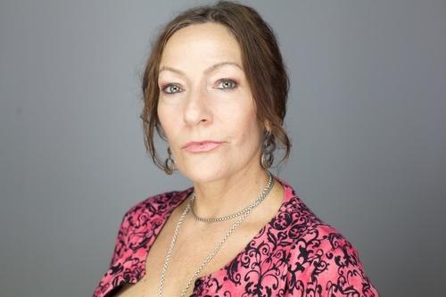 Mae Aswell