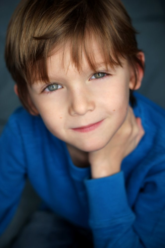 All about celebrity Ethan Tavares! Watch list of Movies online: Dark