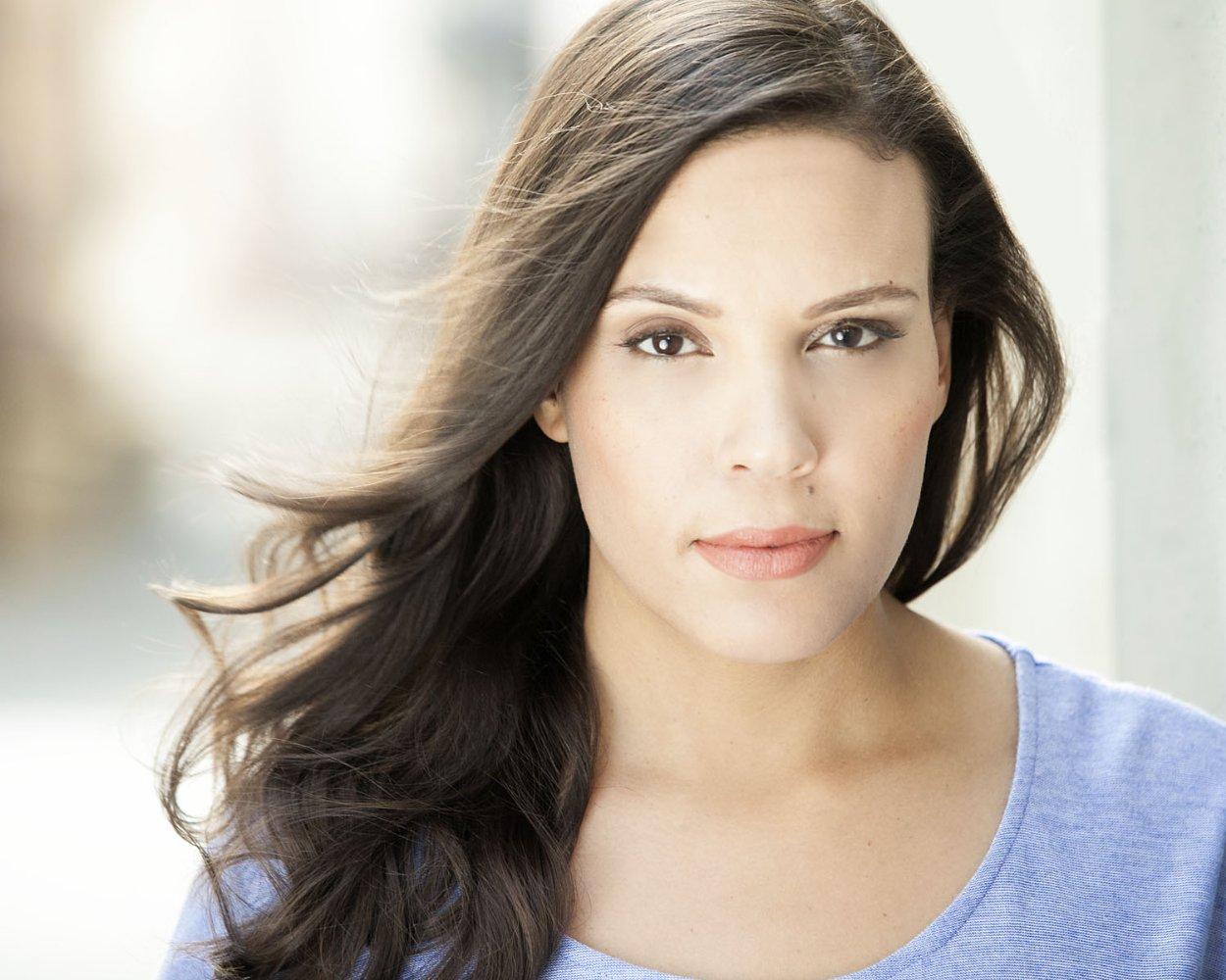 Melanie René