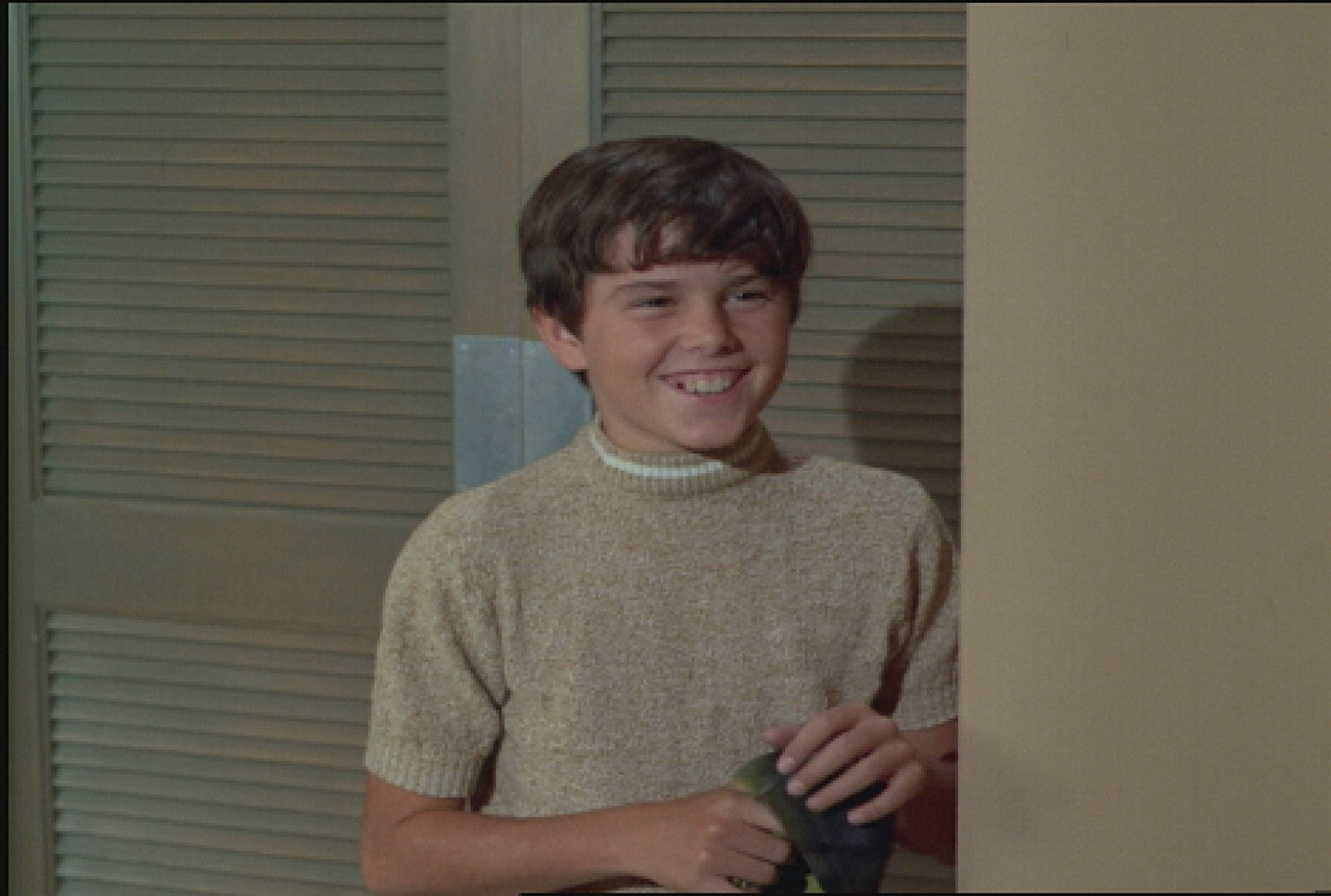 Watch Movies and TV Shows with character Peter Brady for free! List of  Movies: The X-Files - Season 9, A Very Brady Sequel