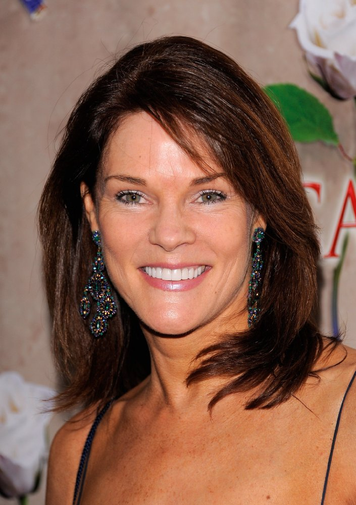 All About Celebrity Carolyn Mccormick Birthday 19 September 1959