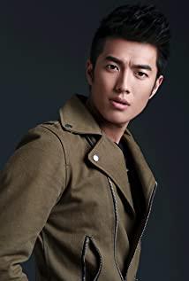 Shuai Zhou