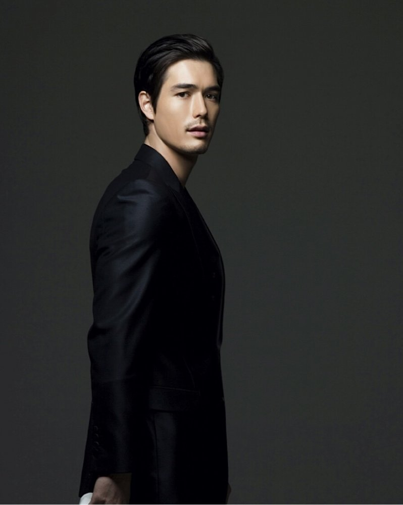 All about celebrity Ricky Kim! Watch list of Movies online: Heading