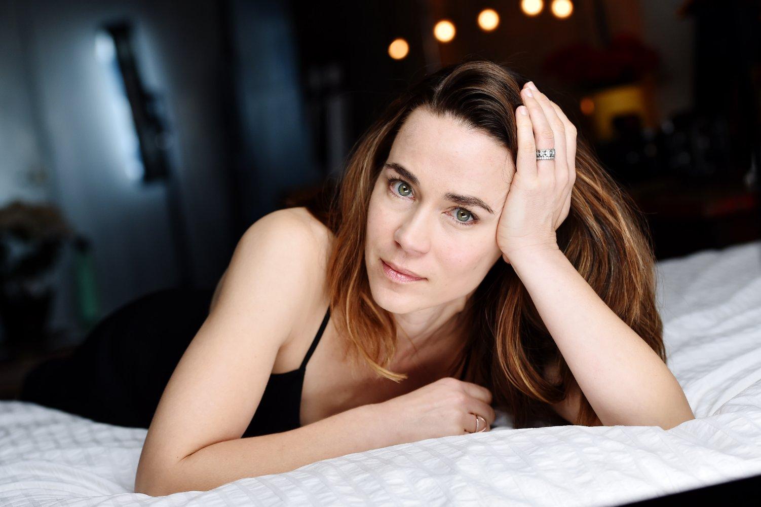 Watch Sarah Hudson (actress) video