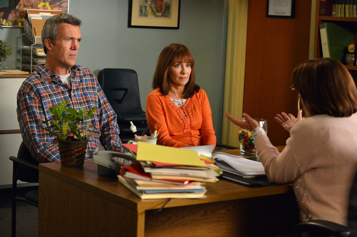 The Middle - Season 5 Episode 03: The Potato