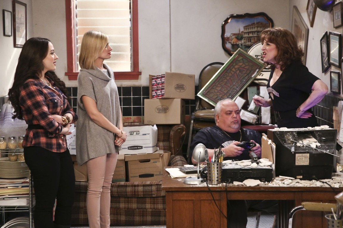 2 Broke Girls - Season 5 Episode 21: And the Ten Inches