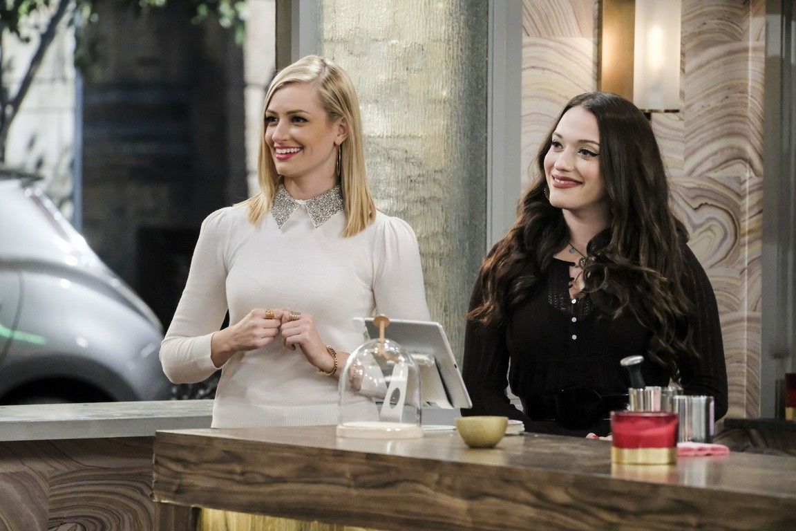 2 Broke Girls - Season 6 Episode 14: And the Emergency Contractor