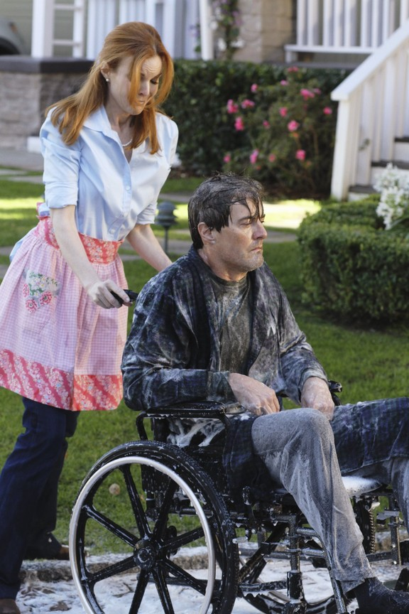 Desperate Housewives - Season 6 Episode 13: How About a Friendly Shrink_