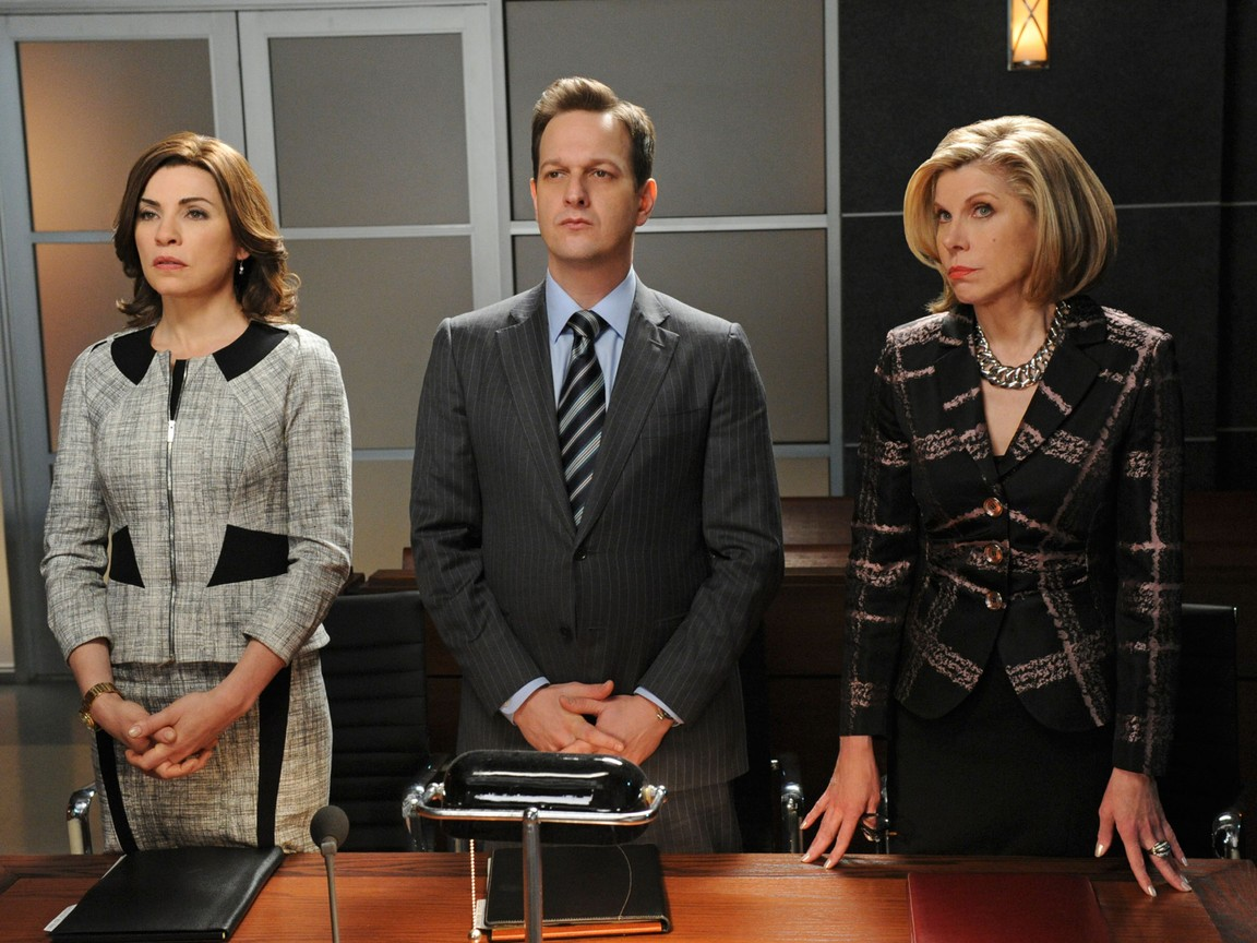 The Good Wife - Season 4 Episode 22 - What's In The Box?