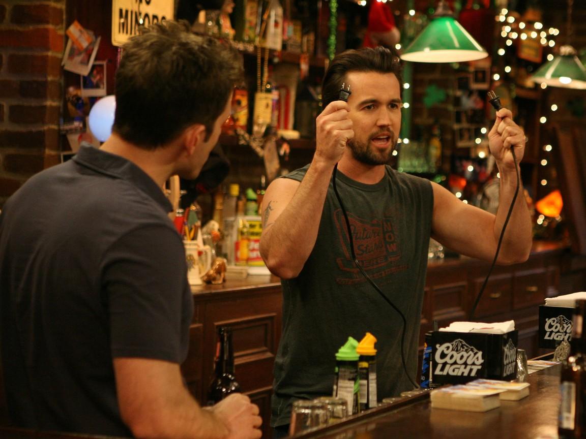 Its Always Sunny in Philadelphia - Season 6 Episode 01: Mac Fights Gay Marriage