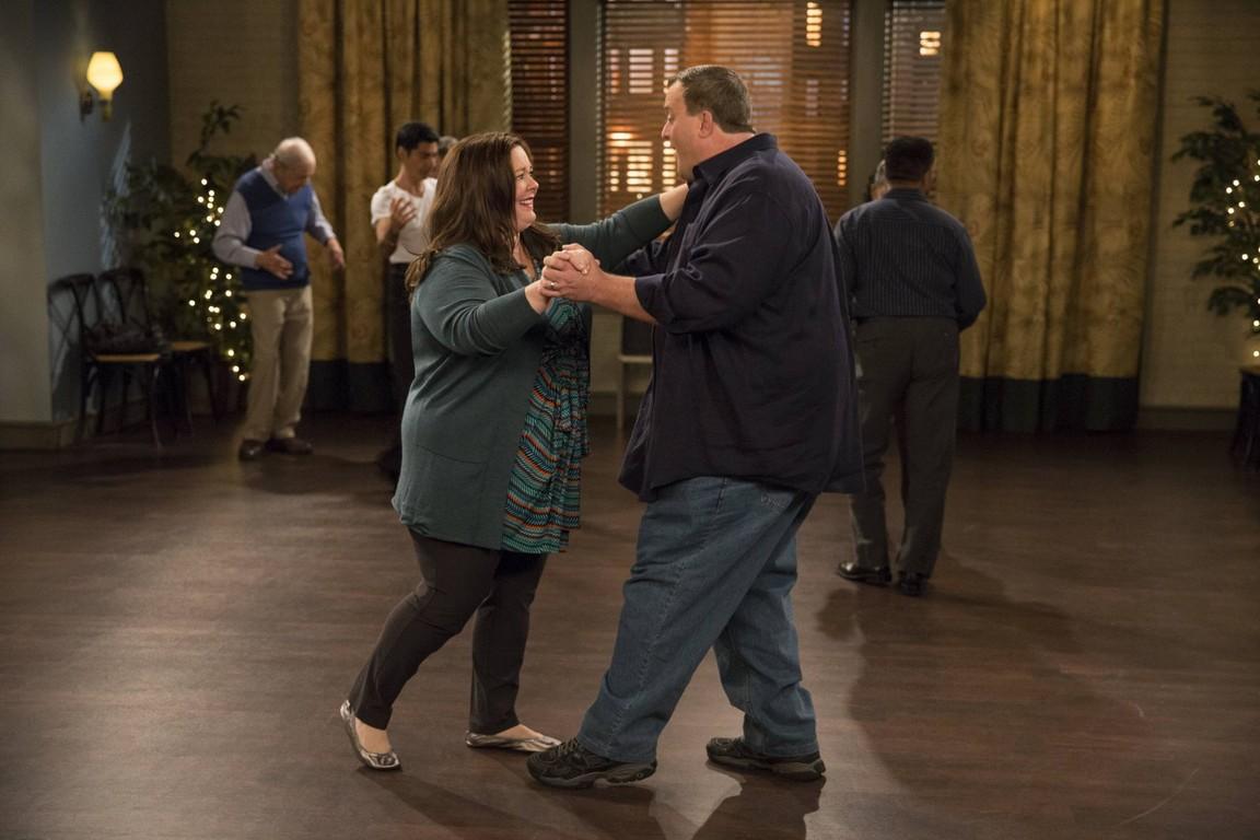 Mike & Molly - Season 4 Episode 11: Dips & Salsa