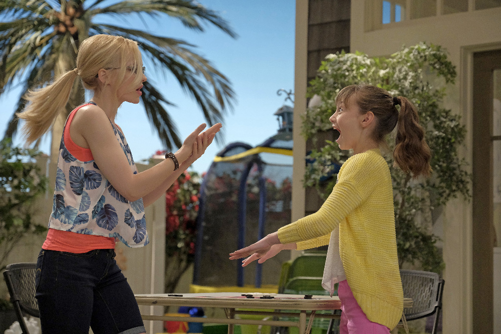 Liv and Maddie - Season 3 Watch in HD - Fusion Movies!