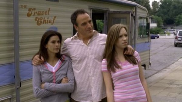 Desperate Housewives - Season 2 Episode 23: Remember Part 1