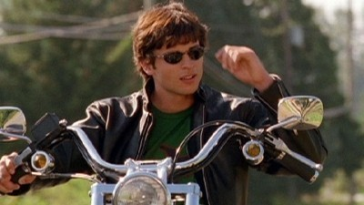 Smallville - Season 2 Episode 04: Red