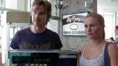 True Blood - Season 1 Episode 11: To Love is to Bury