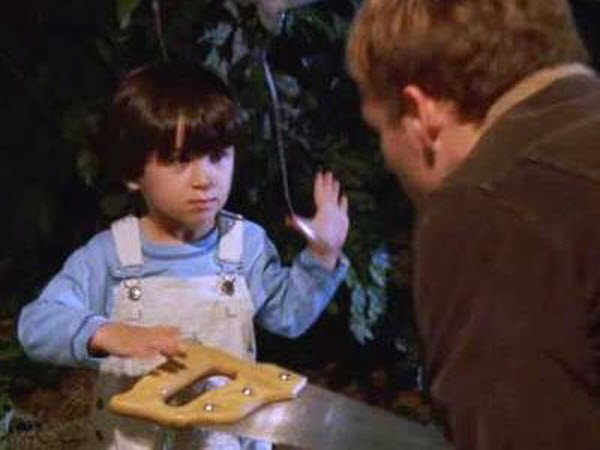 Malcolm in The Middle - Season 7 Episode 07: Blackout