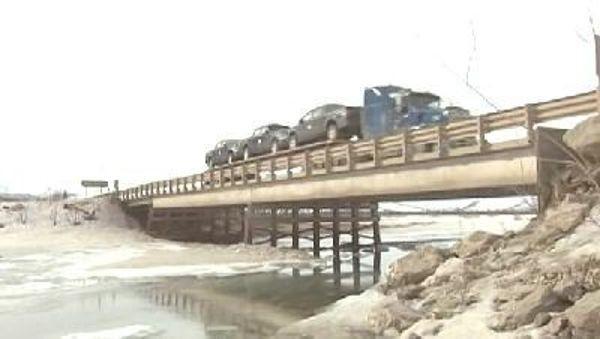 Ice Road Truckers - Season 3 Episode 13: Arctic Thaw