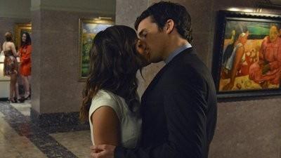 Pretty Little Liars - Season 3 Episode 8: Stolen Kisses