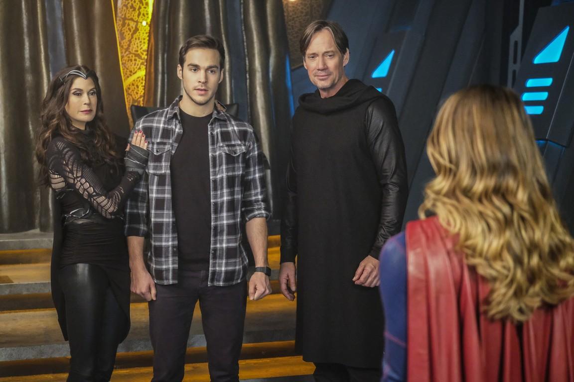 Supergirl - Season 2 Episode 16: Star-Crossed