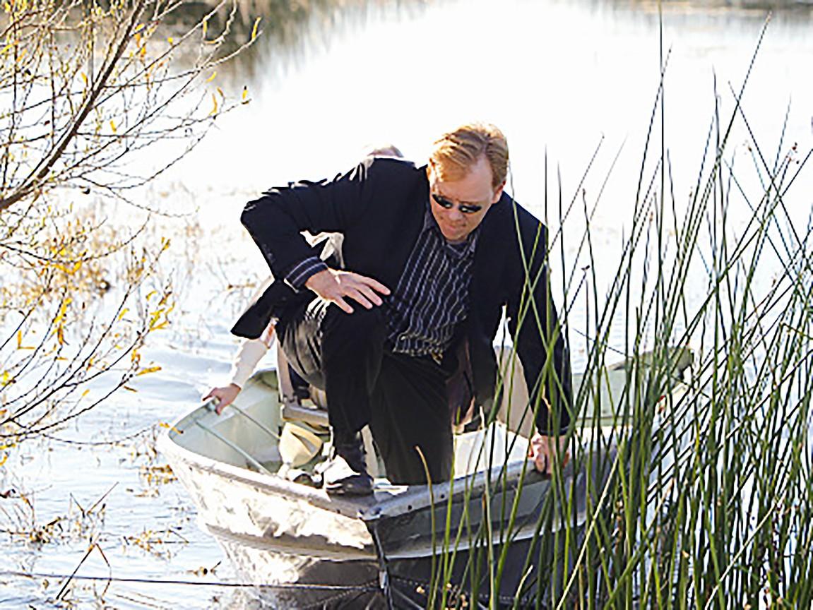 CSI: Miami - Season 9 Episode 16: Hunting Ground