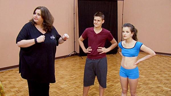 Dance Moms - Season 1 Episode 08: Love on the Dance Floor
