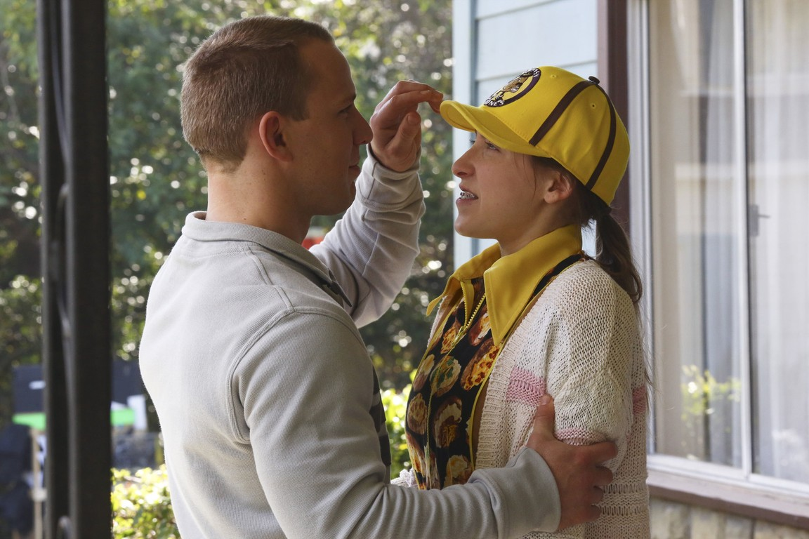 The Middle - Season 5 Episode 19: The Wind Chimes