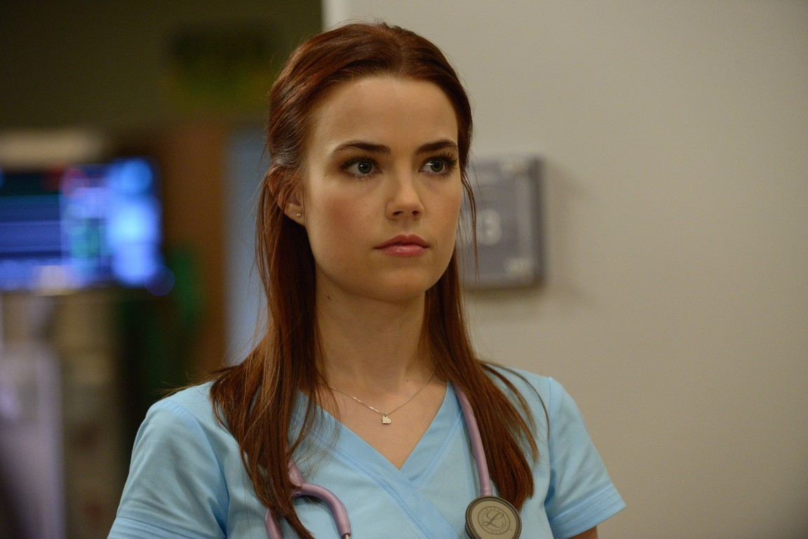 Red Band Society - Season 1 Episode 02: Sole Searching