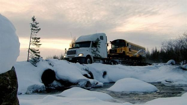 Ice Road Truckers - Season 8 Episode 10: Icing on the Lake
