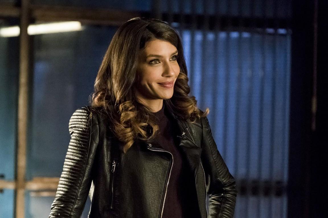 Arrow - Season 5 Episode 13: Spectre of the Gun