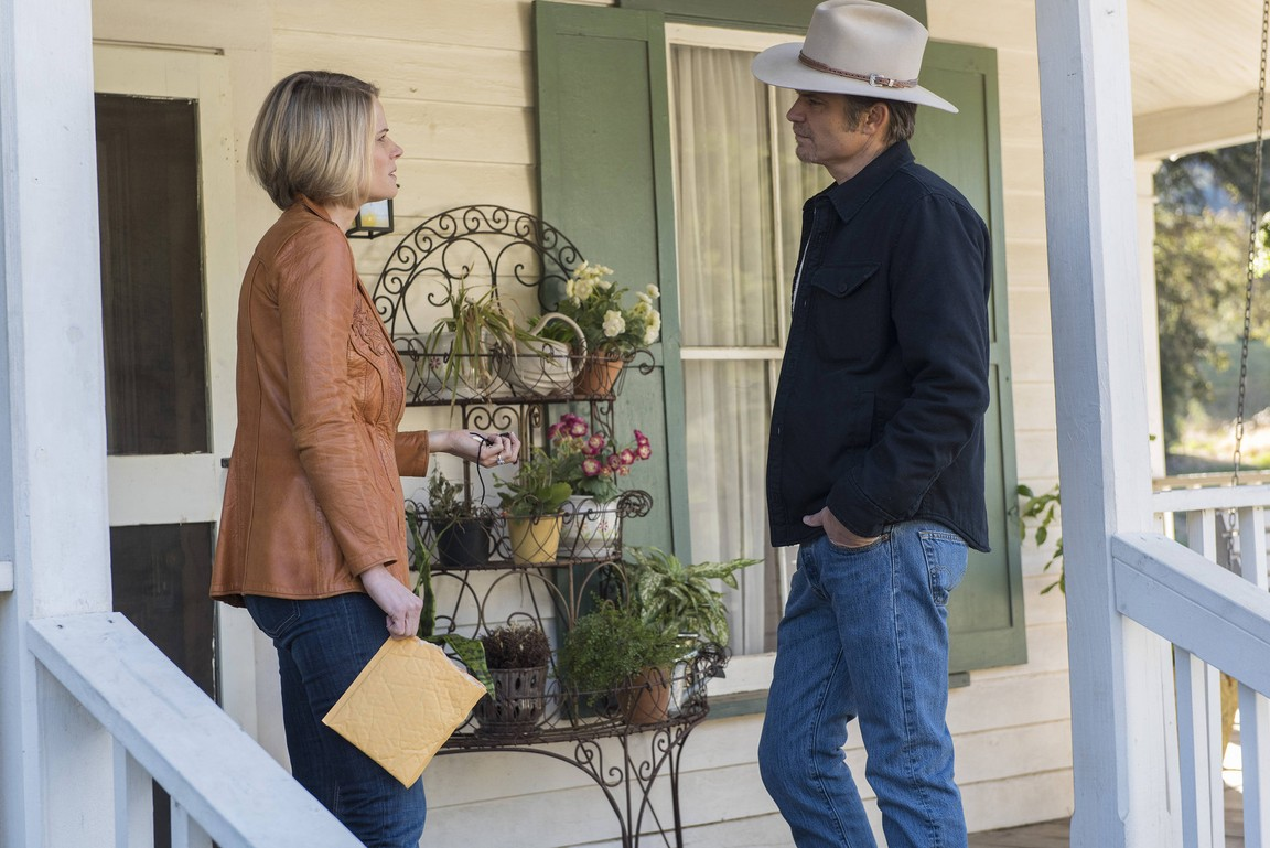Justified - Season 6 Episode 10: Trust