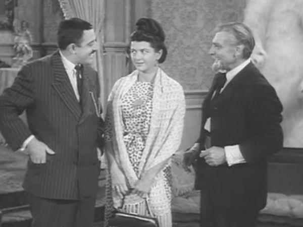 The Addams Family - Season 2 Episode 14: Morticia's Dilemma