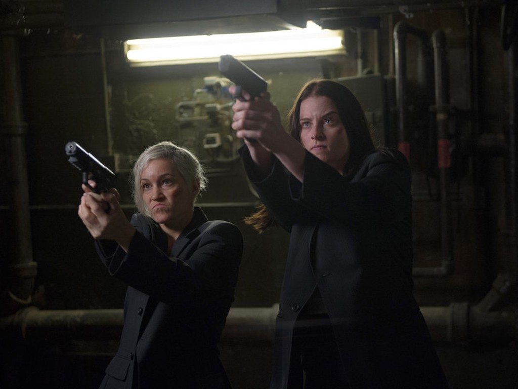 Continuum - Season 3 Episode 01: Minute By Minute