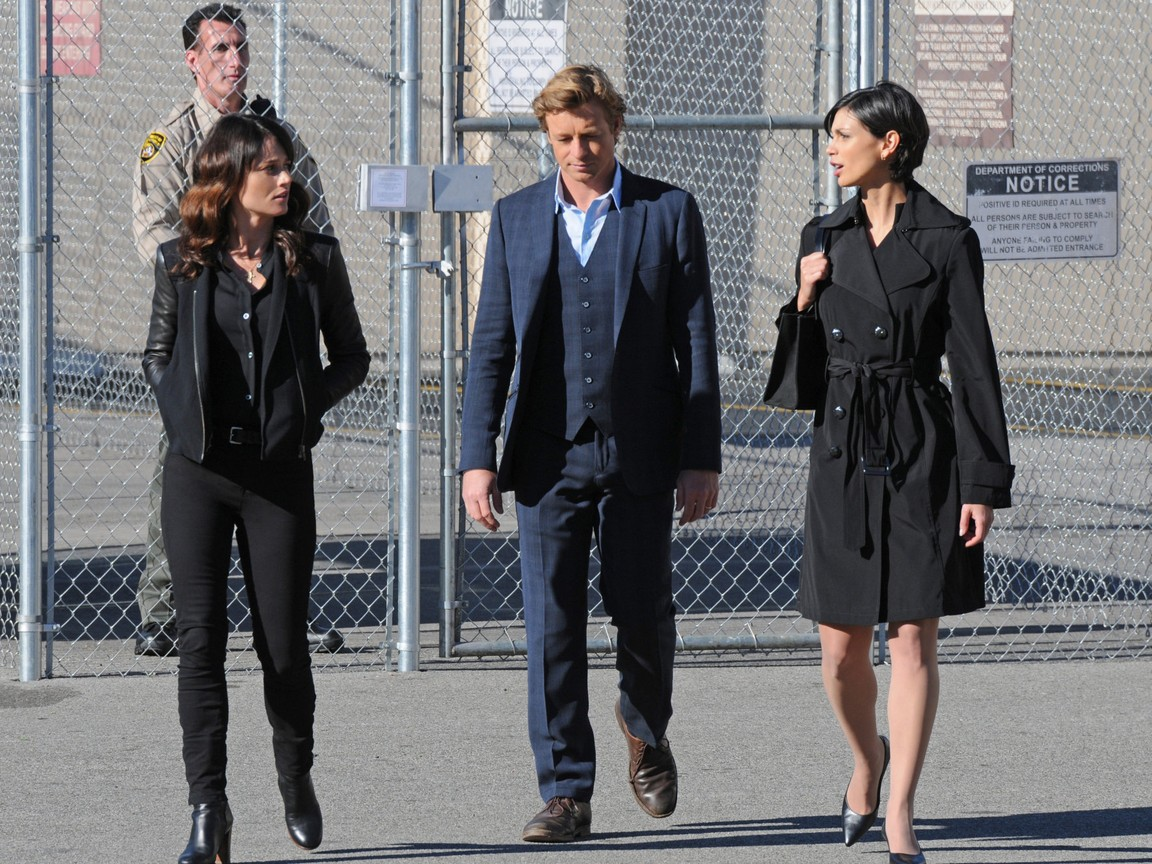 The Mentalist - Season 4 Episode 15 : War of the Roses