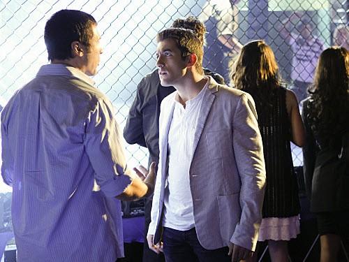 CSI: Miami - Season 9 Episode 19: Caged
