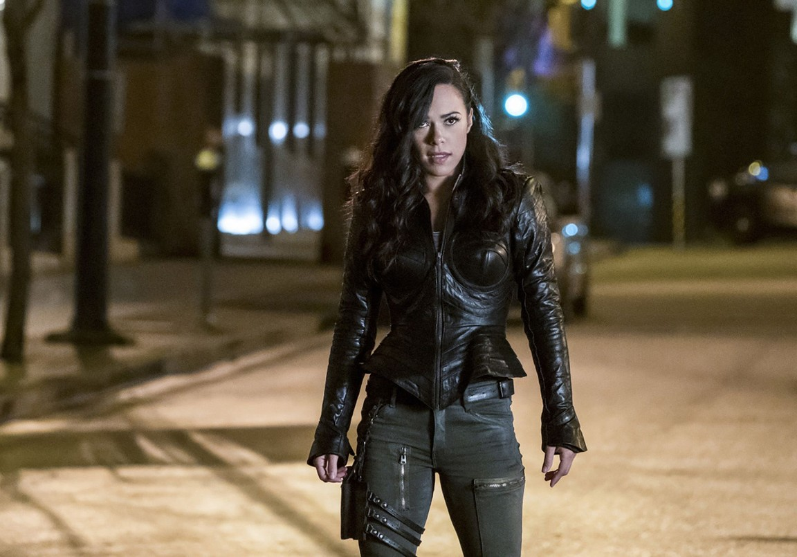The Flash - Season 3 Episode 14: Attack on Central City