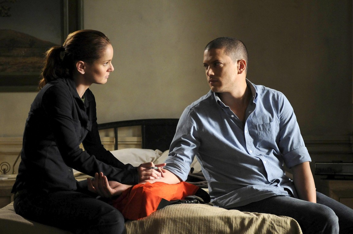 Prison Break - Season 4 Episode 13: Deal or No Deal